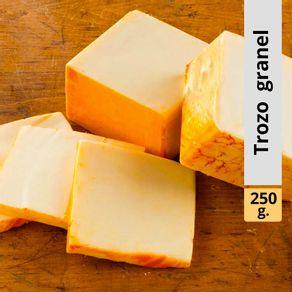 Queso-mantecoso-Los-Quillayes-trozo-granel-250-g